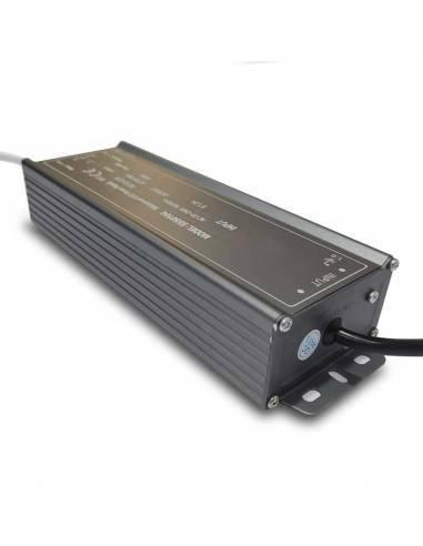 Transformador para tira de LED de 12V. Driver con protección IP67 de 100W.